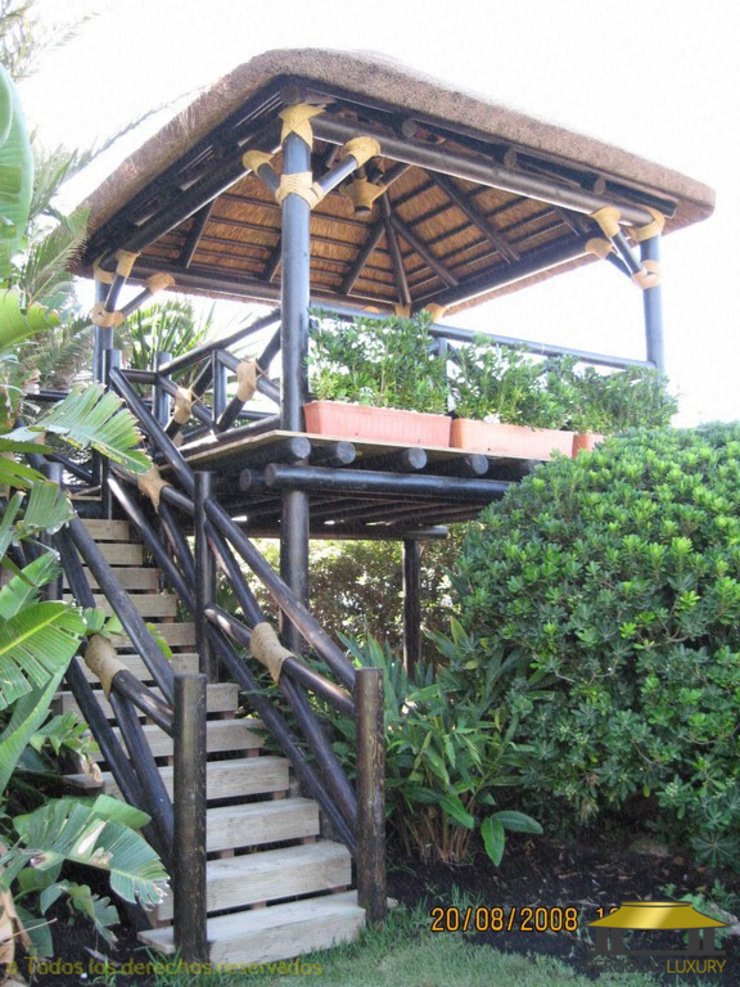 tropical  by PERGOLAS LUXURY , Tropical