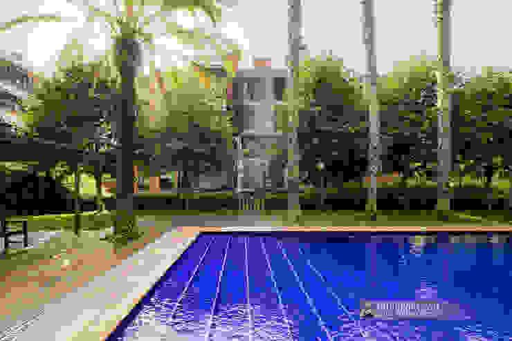 Zona comunitaria con piscina en Sant Cugat del Vallès Carlos Sánchez Pereyra | Artitecture Photo | Fotógrafo Piscinas de jardín