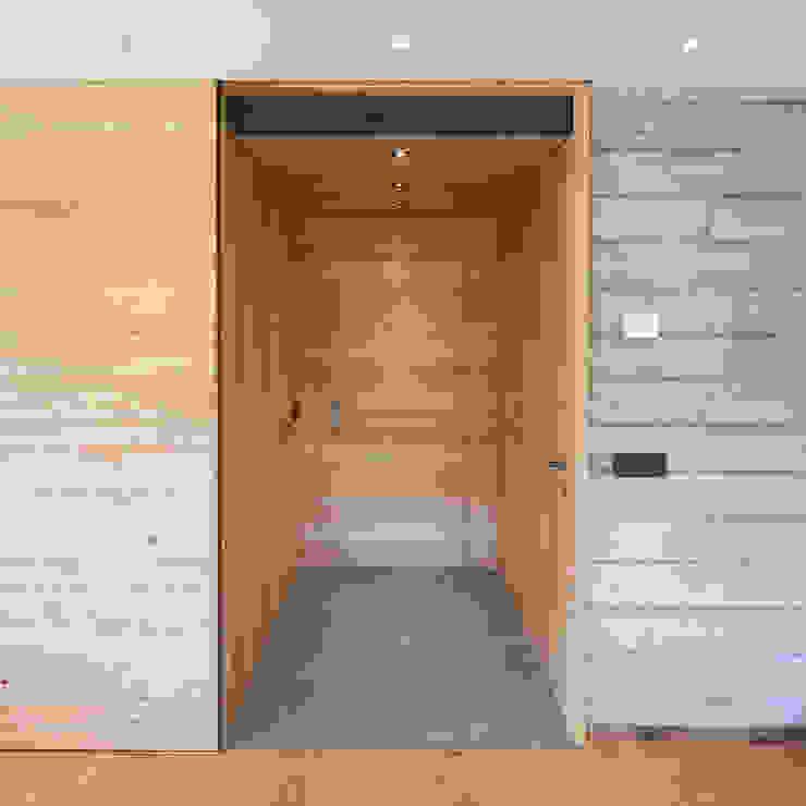 BEARprogetti - Architetto Enrico Bellotti 現代風玄關、走廊與階梯