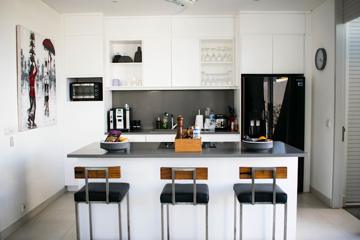 Kitchen Set Oleh PT. Loutchou Minimalis MDF