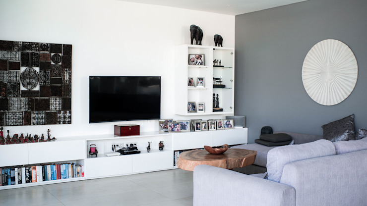 Living Room Oleh PT. Loutchou Minimalis MDF