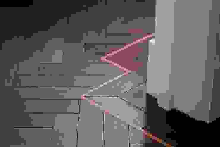 Tiny details Prestige Architects By Marco Braghiroli Corredores, halls e escadas modernos