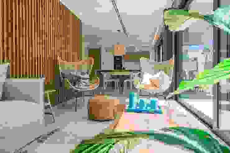 Conjunto de salón de estilo mediterraneo Salones de estilo mediterráneo de Francisco Pomares Arquitecto / Architect Mediterráneo
