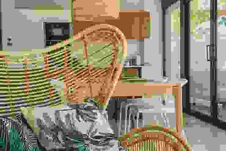 Butaca de mimbre Francisco Pomares Arquitecto / Architect SalonesSofás y sillones