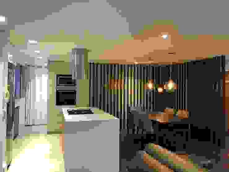 entrearquitectosestudio Built-in kitchens Quartz White