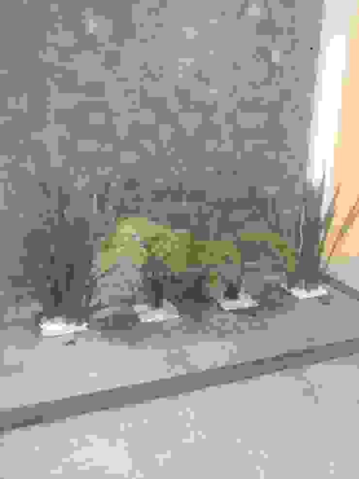 par Jardíneria Robles Moderne