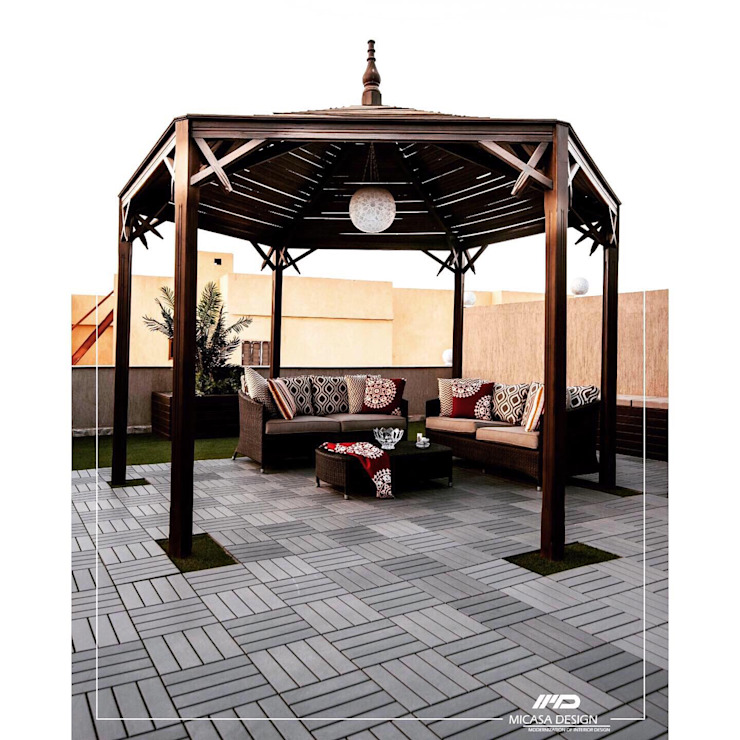 Pergola Seat with artificial green by Micasa Design Modern Wood Wood effect