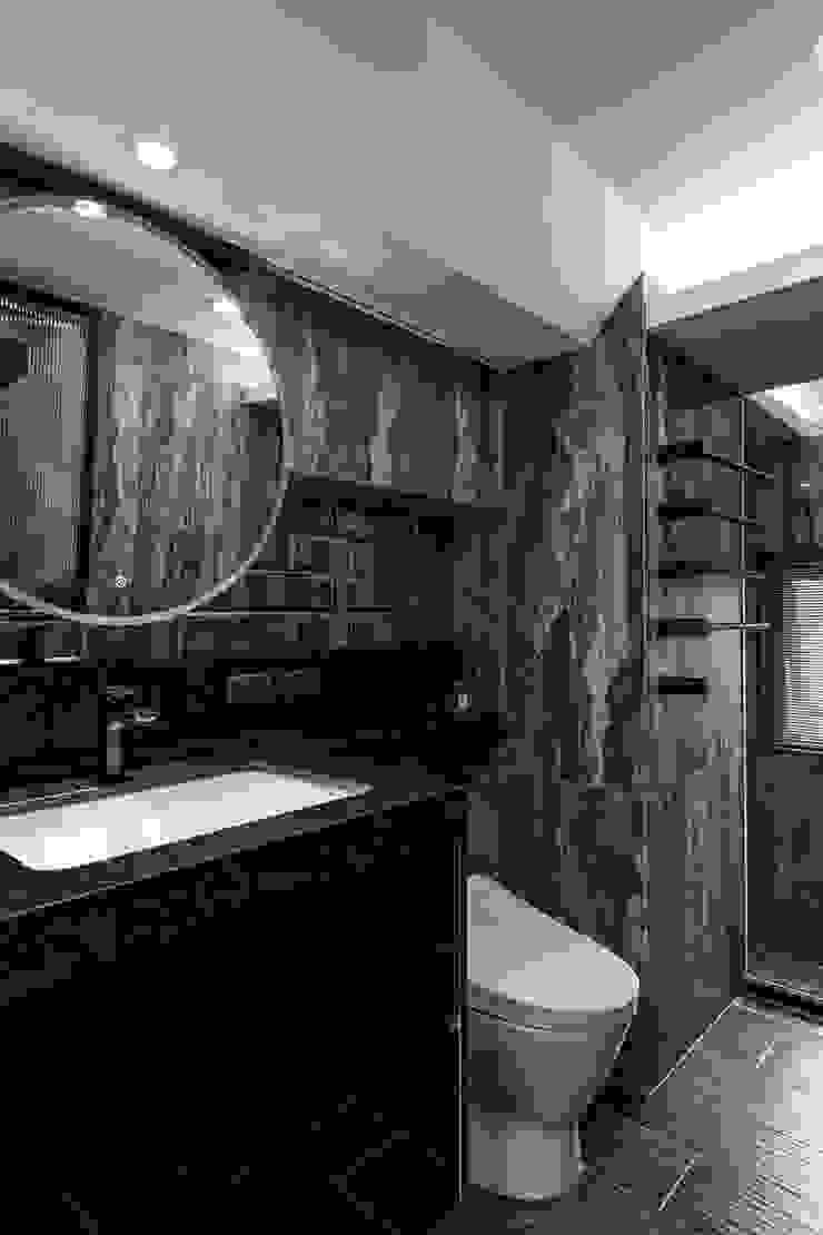 主浴 現代浴室設計點子、靈感&圖片 根據 你你空間設計 現代風 磁磚