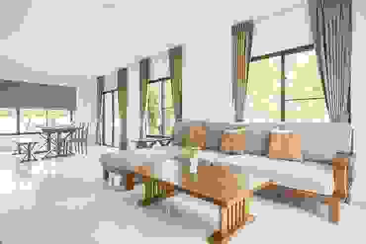 Rèm đẹp phòng khách: hiện đại  by Avinahome, Hiện đại Vải lanh / vải lanh Pink