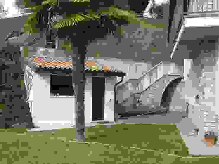 area per piscina - ante operam Giardino moderno di viemme61 Moderno