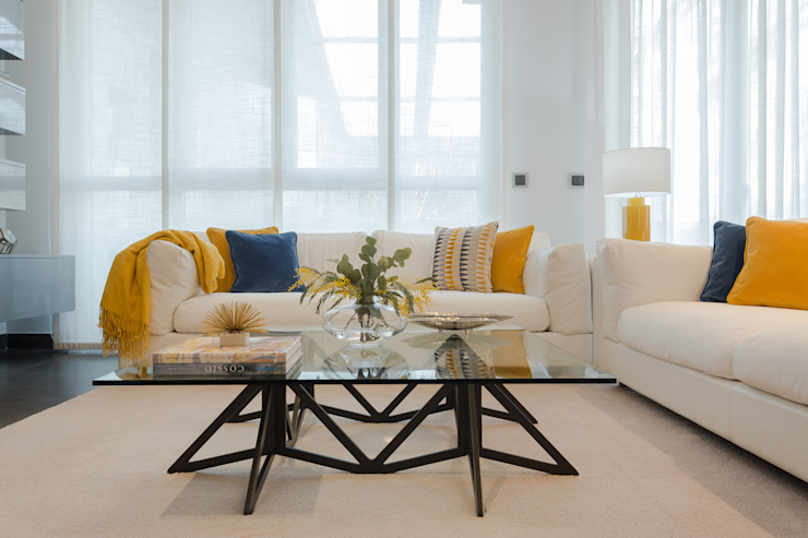 Eva Jurado Estudio de Interiores 现代客厅設計點子、靈感 & 圖片 Yellow