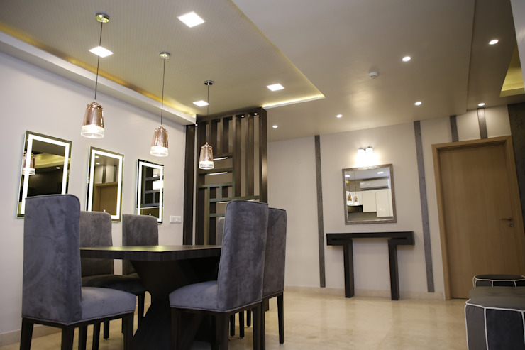DLF Newtown Heights Kolkata - Dining and Crockery Unit with Built in Bar Modern dining room by Kphomes Modern
