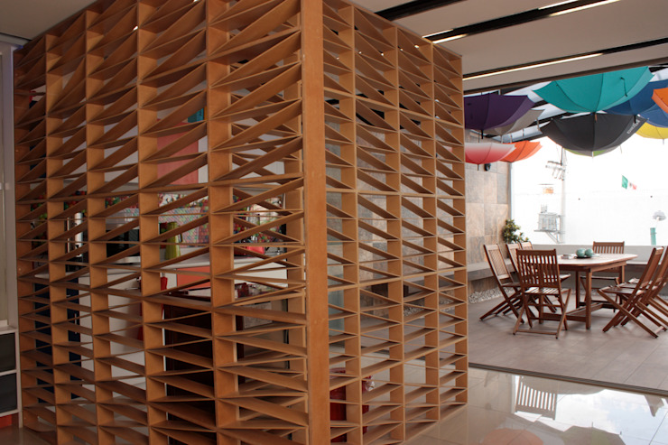 emARTquitectura Arte y Diseño Ruang Studi/Kantor Klasik Kayu Brown