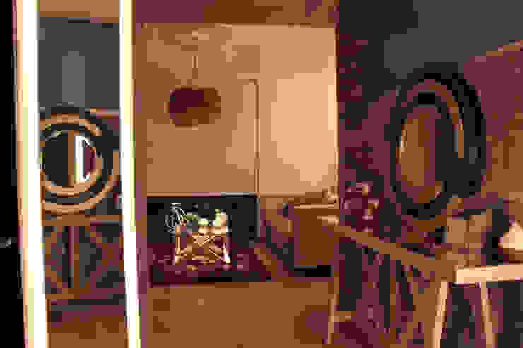 emARTquitectura Arte y Diseño Mediterranean style corridor, hallway and stairs