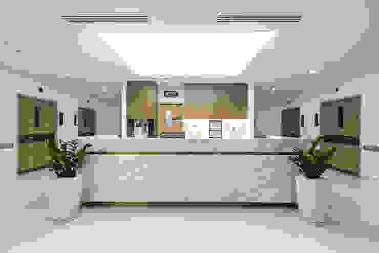 Trần xuyên sáng bệnh viện quốc tế Mỹ AIH bởi TRẦN XUYÊN SÁNG VẠN HOA Hiện đại