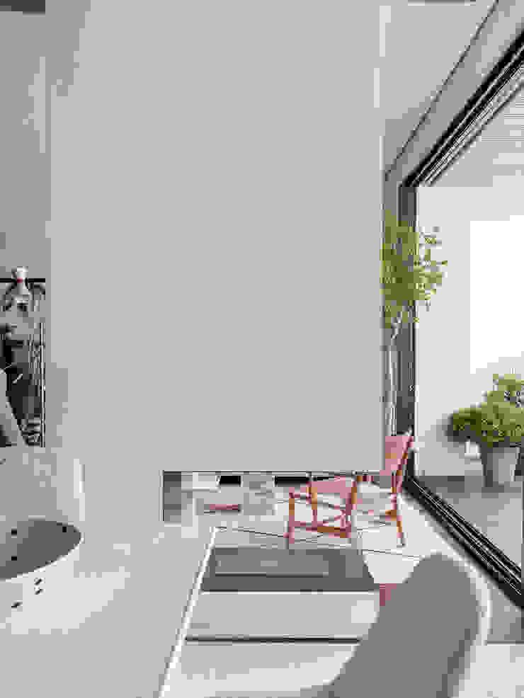 TEÓFILO. Carpintería de Aluminio Modern offices & stores
