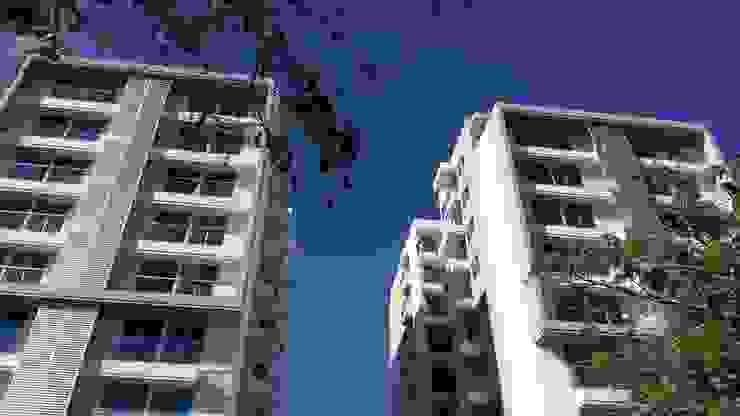 Vista desde el parque boulevard de Oleb Arquitectura & Interiorismo Moderno