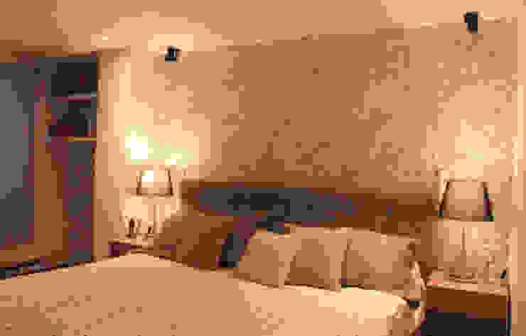 Home Reface - Interior design NATALIA JIMENEZ - INTERIOR DESIGN STUDIO Dormitorios modernos