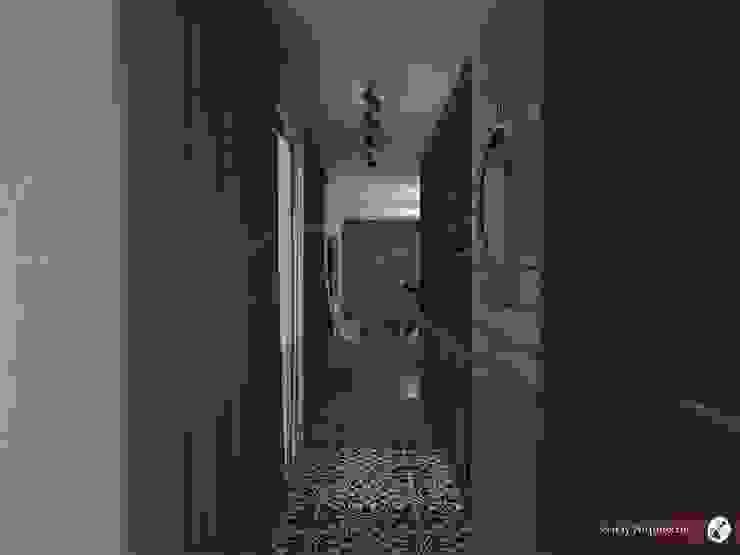 Modern corridor, hallway & stairs by GARAY ARQUITECTOS Modern