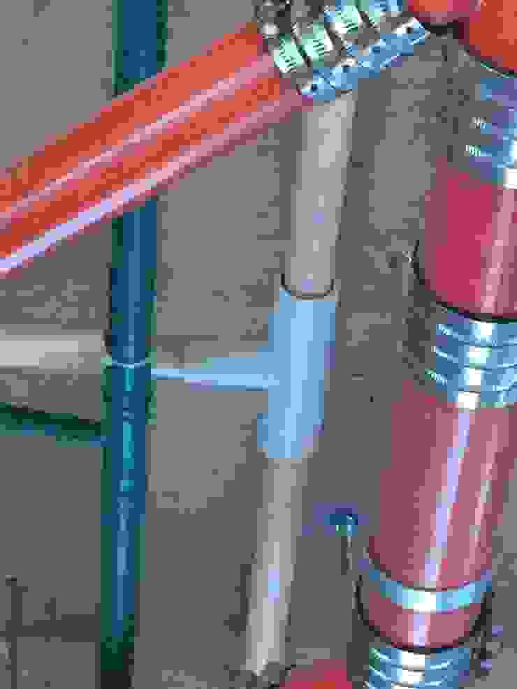 內湖區 建設公司 工地施工照 根據 力銓壓接另件保溫護蓋 工業風 塑膠