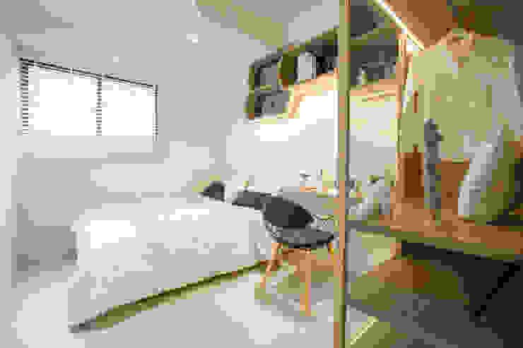 Chambre scandinave par 衍相室內裝修設計有限公司 Scandinave