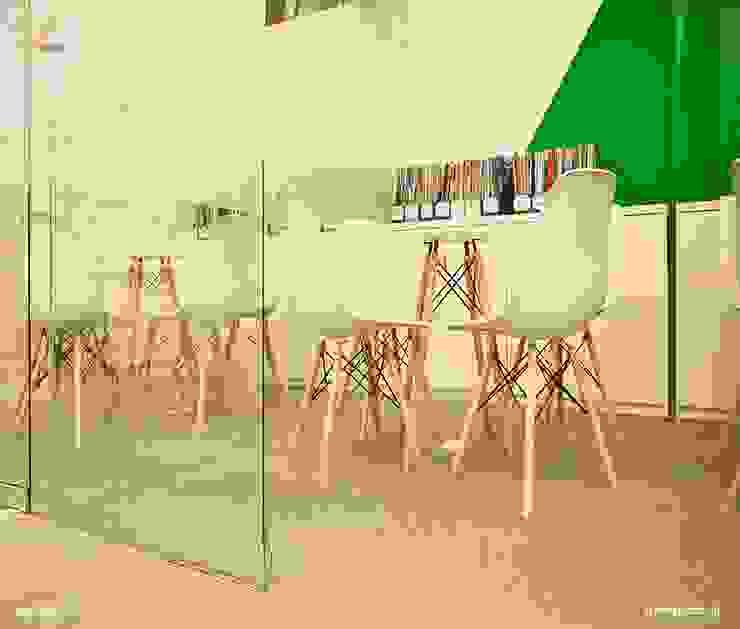Phòng học giao tiếp bởi SY DESIGN Hiện đại