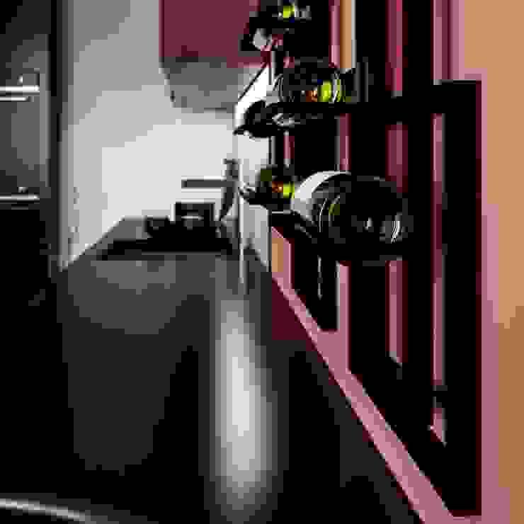 Caos : Cucina in stile  di Damiano Latini srl, Moderno Alluminio / Zinco