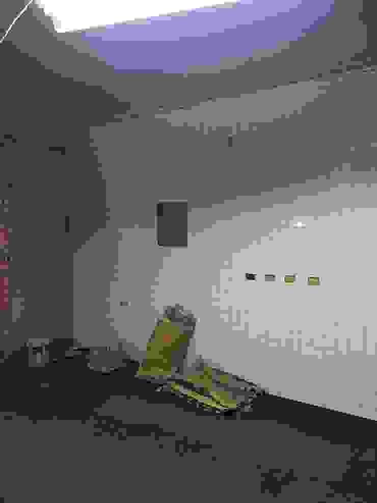 鋪貼磁磚-廚房 根據 houseda