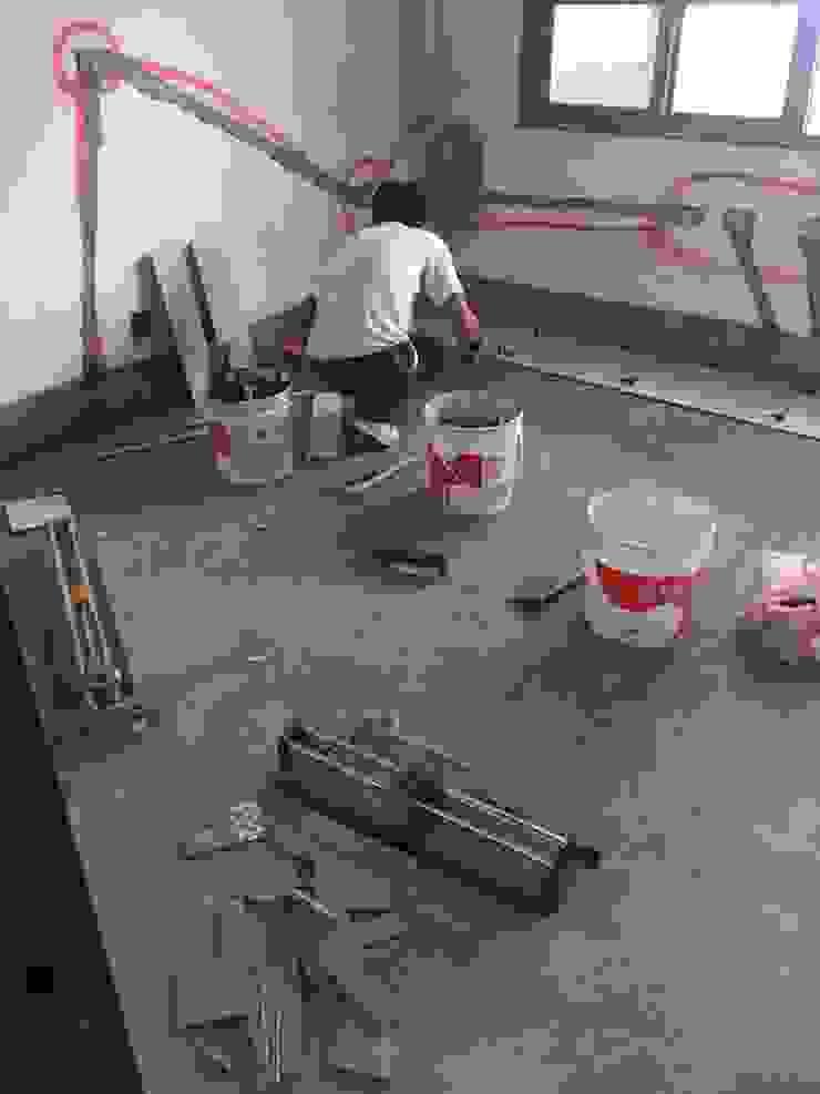 鋪貼磁磚-臥室地面 根據 houseda