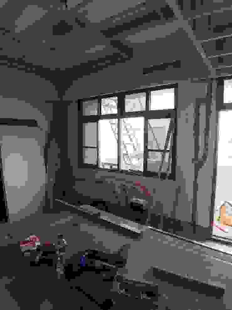 木作天花板 根據 houseda