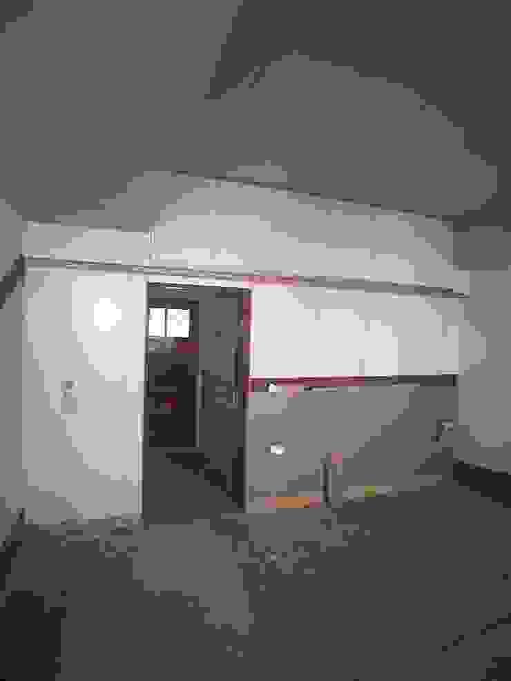 木作-四樓房間-木作櫃 根據 houseda