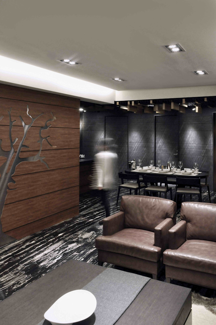 招待客廳 根據 亚卡默设计 Akuma Design 現代風 石板