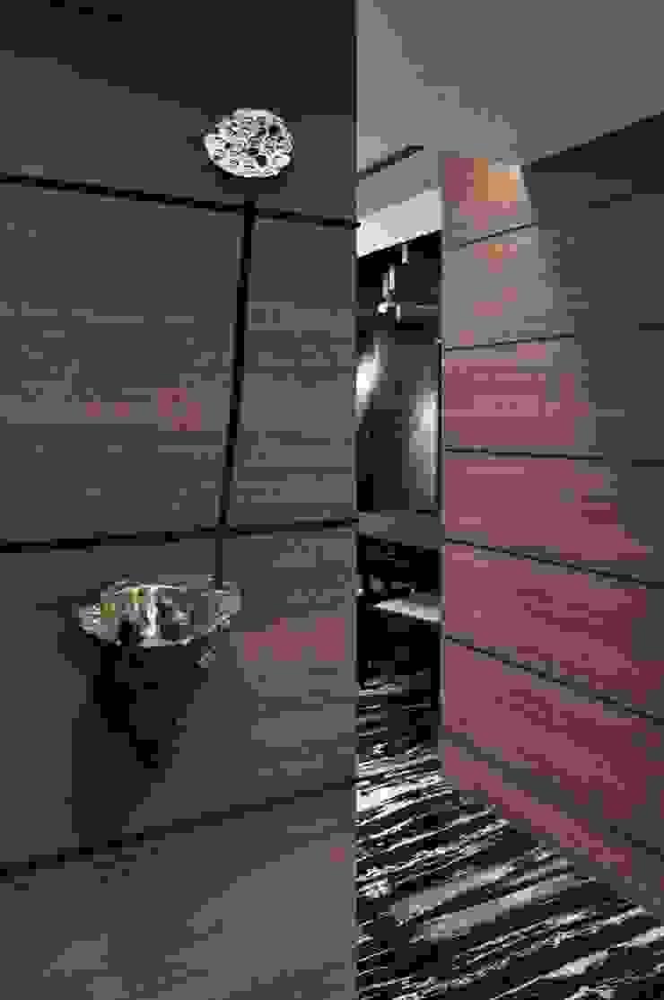 蓮花牆 根據 亚卡默设计 Akuma Design 現代風 木頭 Wood effect