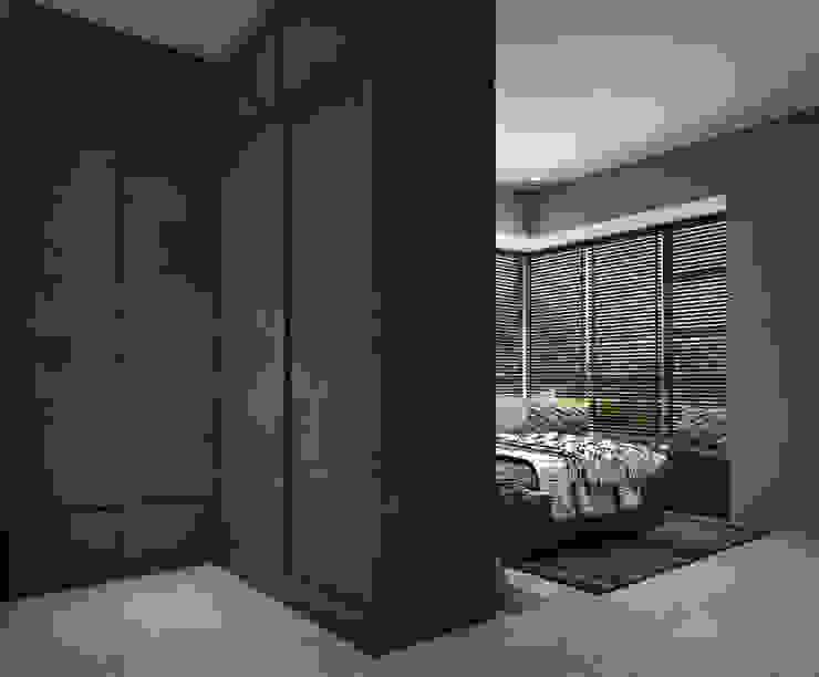 Bedroom wardrobe by Swish Design Works Industrial Plywood