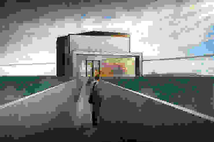 水岸咖啡廳 根據 亚卡默设计 Akuma Design 現代風 水泥