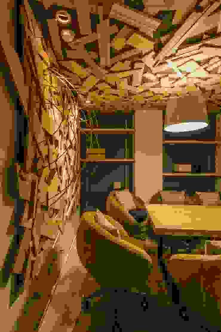 會議室 根據 亚卡默设计 Akuma Design 工業風 水泥