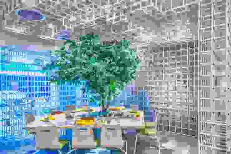 樹下野餐吧! 根據 亚卡默设计 Akuma Design 現代風 水泥