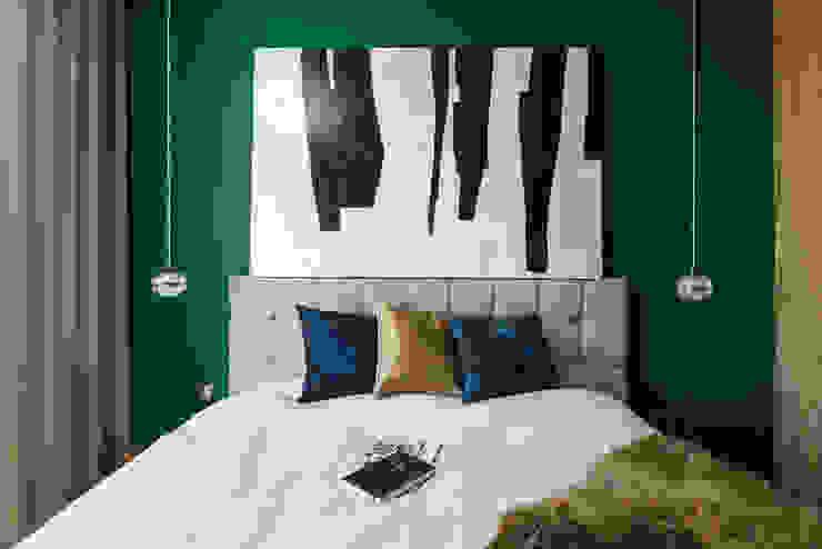 Mieszkanie miłośniczki designu i mody Nowoczesna sypialnia od Q2Design Nowoczesny