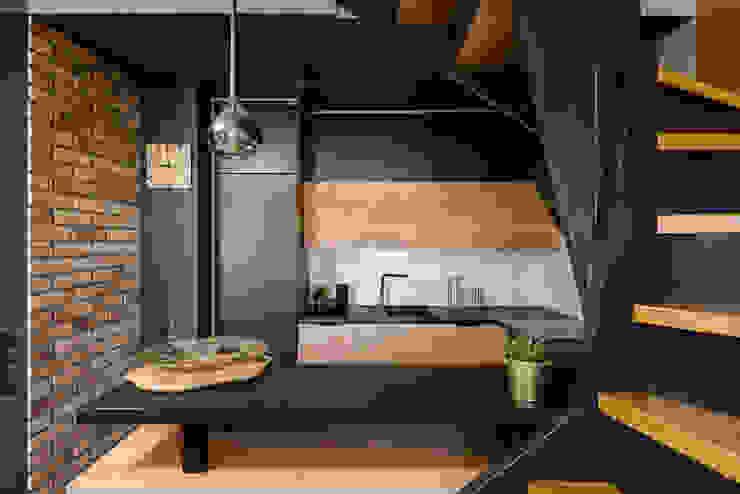 Mieszkanie miłośniczki designu i mody od Q2Design Nowoczesny