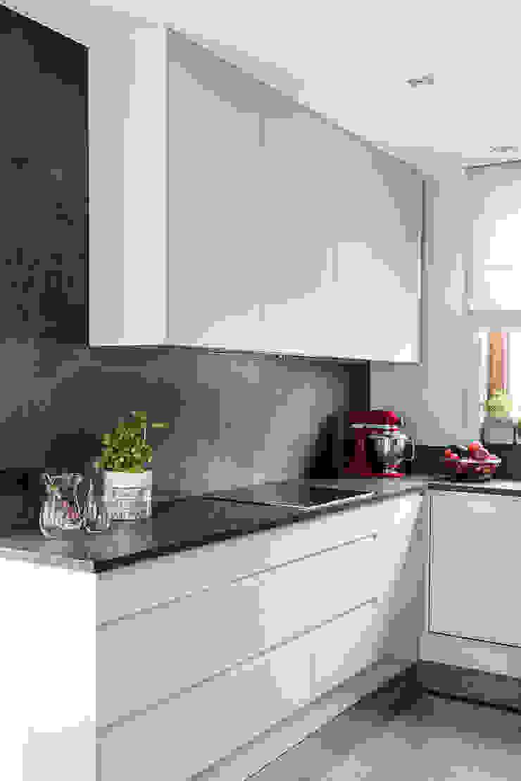 Anna Serafin Architektura Wnętrz 現代廚房設計點子、靈感&圖片