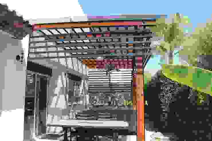 Modern Terrace by Xavier Laredo Arquitecto Modern Concrete