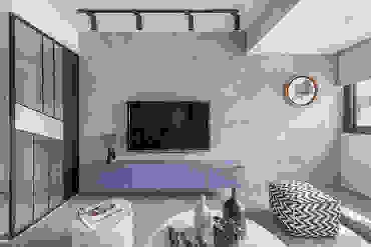 Scandinavian style living room by 知域設計 Scandinavian