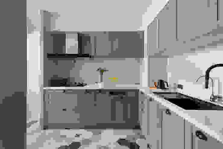 Scandinavian style kitchen by 知域設計 Scandinavian
