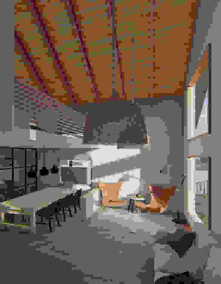 Casa SA Comedores de estilo moderno de Soc. Constructora Cavent Spa Moderno