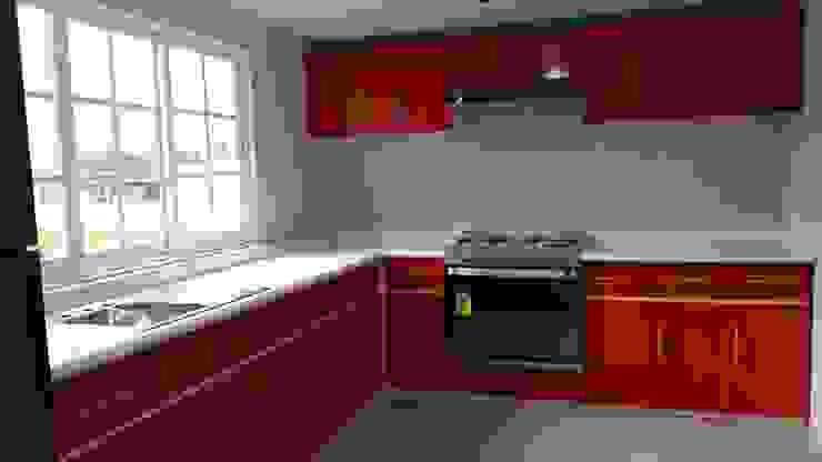 Carpintería Interiorismo Built-in kitchens Wood Red