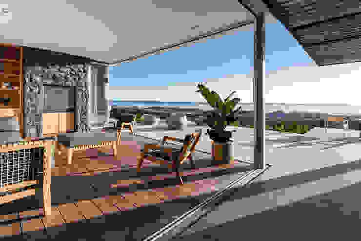 GSQUARED architects Minimalist conservatory