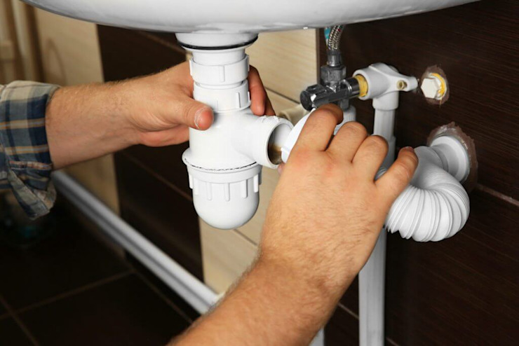 cape town plumber Classic style bathroom by Cape Town Plumber Pro's (Pty) Ltd Classic