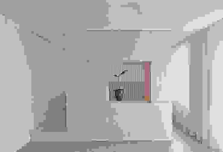 Julius Taminiau Architects Living room Wood Wood effect