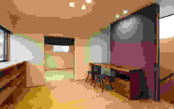 床座の家-土間と離れ蔵のある家- Studio tanpopo-gumi 一級建築士事務所 和風デザインの 書斎