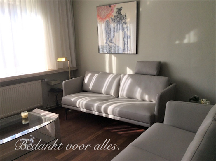 Salo - woning - Heverlee : modern  door STOLZ Puur leder, Modern Leer Grijs